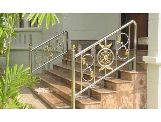 Cầu thang inox đẹp CT-02