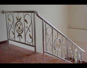 Cầu thang inox đẹp CT-03