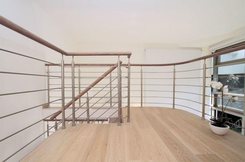 Cầu thang inox đẹp CT-06