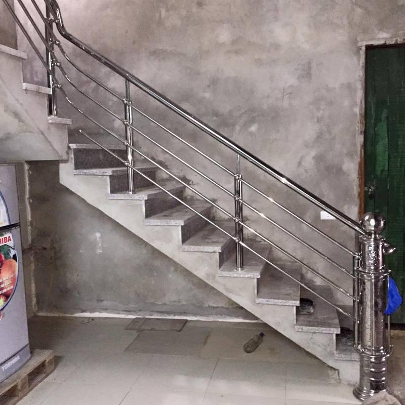 Cầu thang inox đẹp CT-07-01