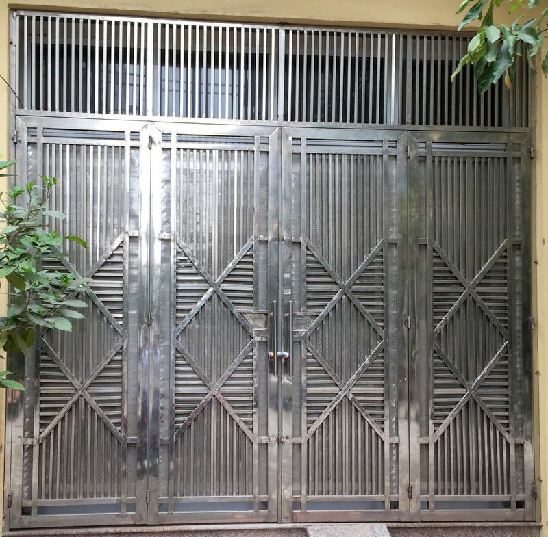 Mẫu cổng inox đẹp MC -04